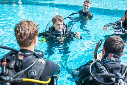 Divemaster Diving Instructor IDC Course Super Yacht