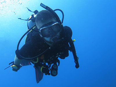 How To Equalize Your Ears While Scuba Diving