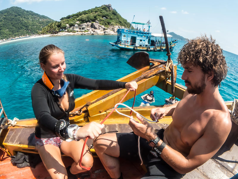 Practicing knot tying scuba diving padi divemaster course koh tao
