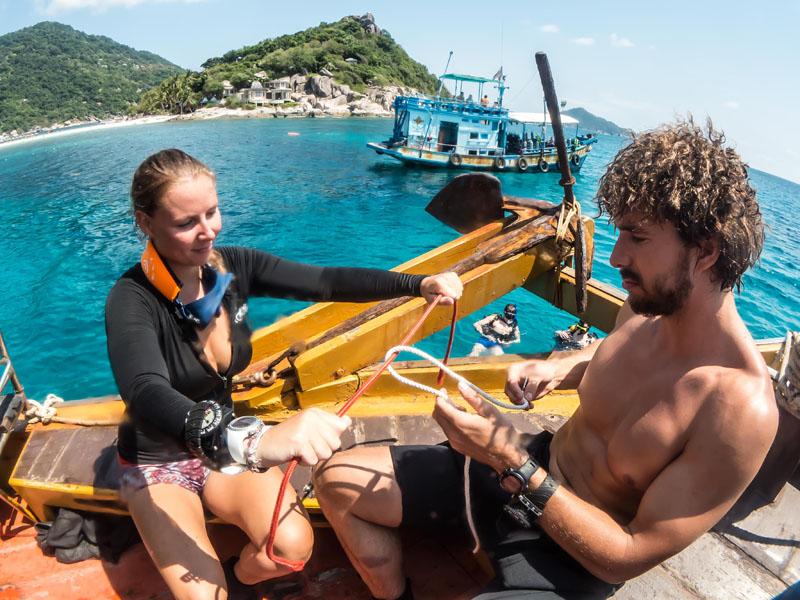 Practicing knot tying scuba diving padi divemaster course koh tao